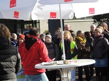 Tarifkonflikt Uniklinika: 1.200 bei Kundgebung in der Tübinger Innenstadt
