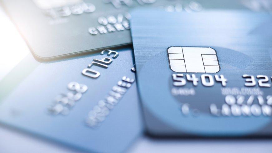 Nahaufnahme Kreditkarten mit Chips